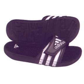 adidas Womens adiSSAGE Soccer Sandal / Slide (Black/White)