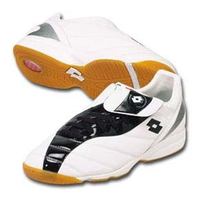 Lotto Duel II Indoor Soccer Shoes (White/Black) @ SoccerEvolution ...