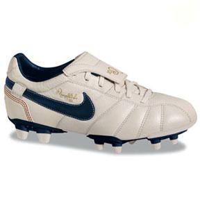 Nike Jr. Tiempo Ronaldinho FG (Pearl White/Obsidian/Gold ...
