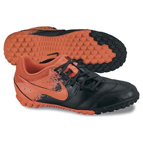 Nike Youth NIKE5 Bomba Turf Soccer Shoes (Black/Orange)