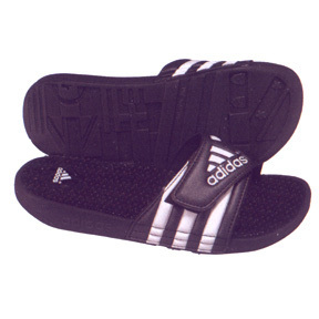 adidas Womens adiSSAGE Soccer Sandal / Slide (Black/White)