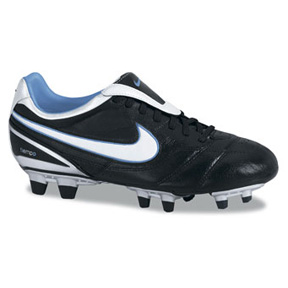 Nike Womens Air Legend II FG Soccer Shoes (Black/White)
