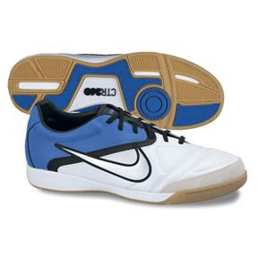 ctr360 futsal shoes