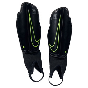 Nike Youth Charge 2.0 Soccer Shinguard (Black/Volt)