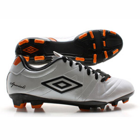 Umbro Youth Speciali 3 Cup HG Soccer Shoes (White/Black)